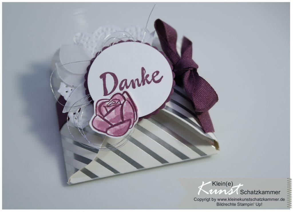Kleine Mini Verpackung aus Designerpapier von Stampin Up aus der Kunstschatzkammer für Hochzeiten oder Konfirmationen
